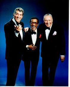 Frank Sinatra, Dean Martin and Sammy Davis Jr. Joey Bishop, Dean Martin, Vintage Hollywood, Classic Hollywood, Soul Musik, Franck Sinatra, Sammy Davis Jr, Jazz, Jerry Lewis