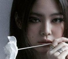 Kim Jennie, Lisa, Yg Entertainment, South Korean Girls, Korean Girl Groups, Kim Book, Blackpink Members, Rap Lines, Vogue Korea