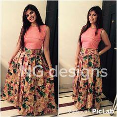 Lehengas - Buy Designer Lehenga Cholis & Ghagra choli with Upto Off - IndiaRush Kurti Designs Party Wear, Lehenga Designs, Mehndi Designs, Indian Attire, Indian Ethnic Wear, Dress Neck Designs, Blouse Designs, Indian Dresses, Indian Outfits