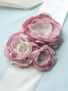Pink Bridal Dress Sash, Vintage Peony, Rose, Antique Pink Flower Wedding Sash, Bridal Flower Sash