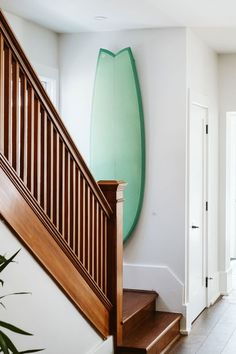 Surfboard racks support our beloved surfboards so they deserve to be awesome. Here are 12 of the coolest surfboard racks we've ever seen. Surfboard Wall Rack, Surfboard Storage, Surfboard Decor, Surf Decor, Surf House, Beach House, Surf Room, Home Decor Furniture, Furniture Ideas