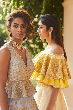 Love these embroidered off shoulder lehenga blouse designs. Planning to do your wedding shopping this month? Then you need to make note of these Designer Bridal Sale that are happening both online and in store. Lehenga Designs, Saree Blouse Designs, Indian Blouse Designs, Indian Wedding Outfits, Indian Outfits, Indian Designer Outfits, Designer Dresses, Indian Fashion Designers, Lehenga Choli