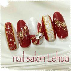 50 Beautiful Stylish and Trendy Nail Art Designs for Christmas Holiday Nail Art, Xmas Nails, New Year's Nails, Winter Nail Art, Christmas Nail Art, Bling Nails, Winter Nails, Trendy Nail Art, Cute Nail Art