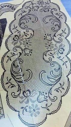 Annie's Crochet, Crochet Dollies, Fillet Crochet, Crochet Borders, Crochet Stitches Patterns, Thread Crochet, Filet Crochet Charts, Cutwork Embroidery, Crochet Tablecloth