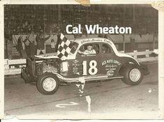 Checkered Flag, Car Makes, Dirt Track, Sit Back, Antique Cars, Monster Trucks, Racing, Vehicles, Cutaway