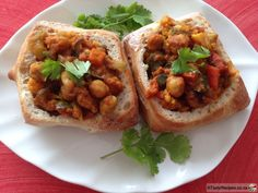 The arrival of the Indians in the saw the bunny chow becoming one of… Indian Veg Recipes, South African Recipes, Asian Recipes, Ethnic Recipes, Tasty, Yummy Food, Chow Chow, Vegan Life, Recipe Collection
