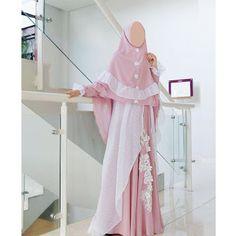Falling in love with this dress.grab it fast ukhti😘 Hijab Gown, Hijab Dress Party, Hijab Outfit, Abaya Fashion, Muslim Fashion, Fashion Wear, Muslim Hijab, Muslim Dress, Model Kebaya