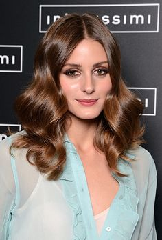 At the Intimissimi Fall/Winter 2012 runway show in Italy last night, Olivia Palermo styled her chestnut hair in big, brushed-out waves. Her vintage look was Pretty Hairstyles, Wedding Hairstyles, Romantic Hairstyles, Modern Hairstyles, Medium Hairstyles, Celebrity Hairstyles, Summer Hairstyles, Olivia Palermo Hair, Sophisticated Hairstyles
