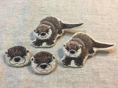 otter family  #handembroidery #embroidery #handmade #wildanimal #손자수 #자수 #야생동물 #수달