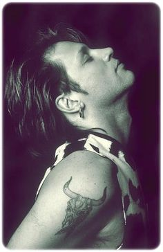 Good boy, Jon Bon Jovi, in one of his best pics