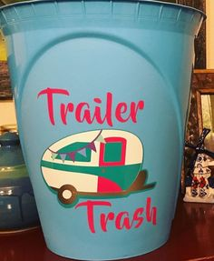 A garbage can for your camper! thanks @inthemomentcrafts for sharing!