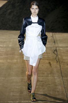 Trend: Black & Whtie // 3.1 Phillip Lim Spring 2016 Ready-to-Wear Fashion Show - Liza Ostanina