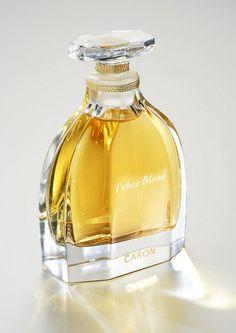 Tabac Blond Parfum Caron perfume - a fragrance for women 1919 Parfum Caron, Caron Perfume, Top Perfumes, Beautiful Perfume, Solid Perfume, Vintage Perfume Bottles, Parfum Spray, Blond, Smell Good