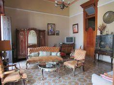 Vista del salón, amplio y luminoso Cuba, Colonial, Furniture, Home Decor, Single Wide, Live, Decoration Home, Room Decor, Home Furnishings