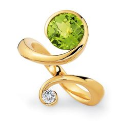 This is so pretty! I wish I had it! Peridot is my birth stone.
