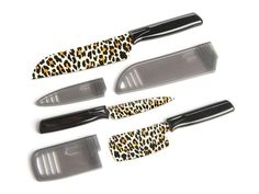 Leopard Knife Set My kitchen would be complete with these!!