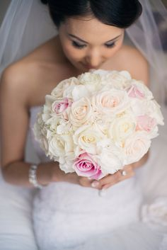 Pink and Cream Rose Bouquet | photography by http://melissagidneyphoto.com/