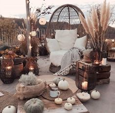 A beautiful outdoor space to enjoy warm nights and good friends! What do you th… A beautiful outdoor space to enjoy warm nights and good friends! 👀 TAG a friend who would love to sit out here! Outdoor Spaces, Outdoor Living, Outdoor Decor, Outdoor Life, Bohemian Patio, Cozy Backyard, Dream Rooms, My New Room, Fall Decor