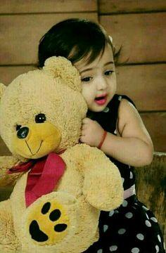 Cute Baby Girl Photos, Cute Little Baby Girl, Cute Kids Pics, Cute Baby Pictures, Little Babies, Cute Pics For Dp, Cute Images For Dp, Cute Baby Girl Wallpaper, Cute Babies Photography