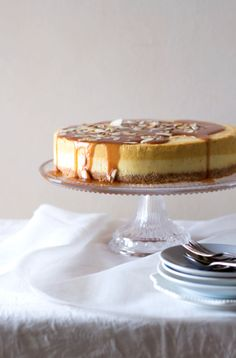 Pumpkin and vanilla bean cheesecake with butterscotch sauce via www.thekatetin.com