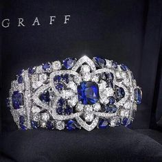 New from the workshop - This magnificent sapphire and diamond bracelet perfectly epitomises the skill and passion of Graff Diamonds' Master Craftsmen and Designers. Sapphire Bracelet, Sapphire Jewelry, Diamond Bracelets, Diamond Jewelry, Gemstone Jewelry, Sapphire Diamond, Blue Sapphire, Graff Jewelry, Jewellery