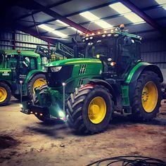 Fix John Deere Tractors 451134087668972737 - Source by eaugeard Jd Tractors, John Deere Tractors, John Deere Equipment, Heavy Equipment, Rinder Stall, South Carolina, John Deere Baby, Female Farmer, Tractor Pulling