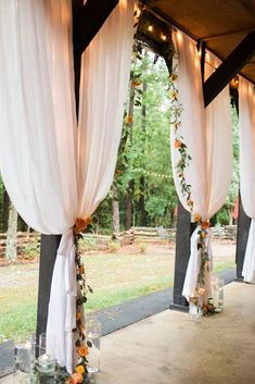 40 cozy barn decor ideas for your fall wedding 24 Best Picture For Barn Wedding ceremony For Your Taste You are looking for something, and it is going to tell Read Wedding Ceremony Ideas, Outdoor Wedding Decorations, Wedding Tips, Wedding Events, Wedding Planning, Wedding Beauty, Wedding Draping, Outdoor Ceremony, Budget Wedding