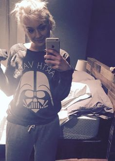 Netflix and Star Wars pj's. by emmykinney Funny Animal Videos, Funny Animals, Beth Greene, Emily Kinney, The Walking Dead 3, Star Pictures, Netflix, Star Wars, Actors