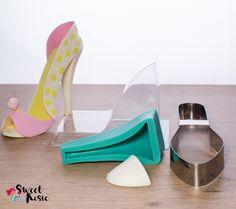 Zucker-Schuh selber herstellen. Louboutin Pumps, Christian Louboutin, Kit, Heels, Sweet, Fashion, Creative Decor, Decorating, Shoemaking