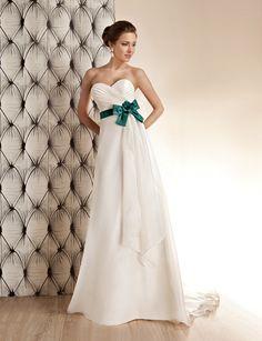 Igar suknie ślubne / wedding dresses - OreaSposa (TYLKO W SALONIE W KROŚNIE)