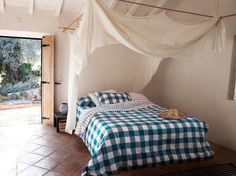bed canopy or really cool fort?