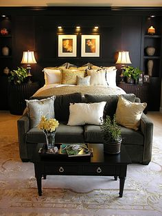 I never thought about making the bedroom dark, but this really works. & digging the couch!