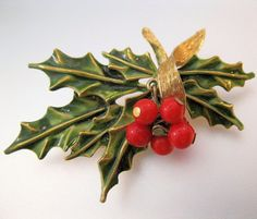 1960s ART Holly Trembler Christmas Brooch by BrightEyesTreasures, $19.99