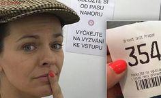 Marta Jandová v obavách: Podstoupila vyšetření rakoviny prsu. Zemřela na ni její matka Martini, Breast, Company Logo, The Unit, Logos, Happy, Logo, Ser Feliz, Martinis