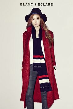 Jessica's 'BLANC & ECLARE' launches its first limited edition scarf collection