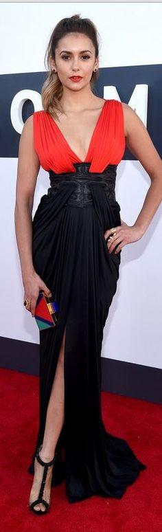 b69ba28b137 2014 MTV Video Music Award - Nina Dobrev in Zuhair Murad red dress