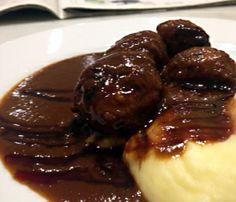Albondigas de boletus con pure de patata. Menú del día Restaurante Campo Volantin