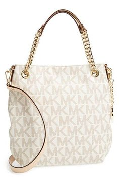 MKs handbag, perfect with any outfit and always . MUST HAVE!!!!!!!!!! 50.99