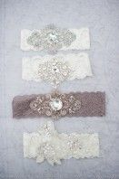 Vintage style garters - using French imported lace. I want some!