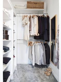 Ideas small closet design layout walk in dressing rooms Closet Walk-in, Closet Shelves, Closet Bedroom, Closet Space, Closet Storage, Storage Room, Storage Drawers, Small Walkin Closet, Small Closets