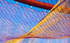 The Artwork 'wide hips' by Janet Echelman, 1997 India, was the starting point for a broader investigation into the possibilities of the fisherman's net.