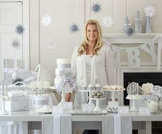 Are you throwing a baby shower this winter? We love this White Winter Baby Shower idea from The TomKat Studio. From sparkling decor to a table filled with decadent white treats, this baby shower idea is sure to dazzle both guests and the mom-to-be. Deco Baby Shower, Grey Baby Shower, White Baby Showers, Elegant Baby Shower, Shower Bebe, Baby Shower Winter, Baby Shower Gender Reveal, Baby Winter, Baby Shower Favors