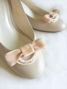 Handmade bridal shoe clips, pink/beige ribbon and pearls. By Risakovska on Etsy. $20
