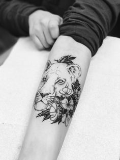 newest tattoo: lioness