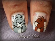 Aw. Tom & Jerry themed nail art :)