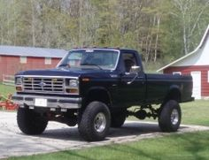 1986 Ford F-Series Fummins by Matt_P http://www.truckbuilds.net/1986-ford-f-series-fummins-build-by-matt-p