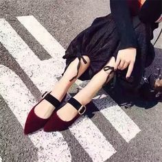 88.55$  Watch now - http://alihef.worldwells.pw/go.php?t=32791732746 - Hot New Style Flock Casual Shoes Women Sandals Buckle Strap Low Heels Gladiator Sandals Women Summer Shoes Woman Sandalias Mujer