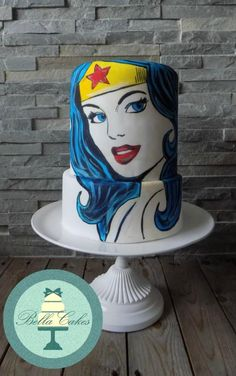 wonder woman - Cake by Bella Cakes