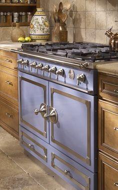 Beautiful stove!!  http://rstyle.me/n/ebmmqnyg6