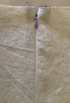 Sew Tessuti - Sewing Tips: Side Invisible Zipper Tutorial Sewing a side invisible zipper. Fantastic invisible zip tutorial by Colette over at Tessuti. I NEED to get me an Invisible Zipper Foot! Fantastic invisible zip tutorial by Colette over at Tessuti. Sewing Lessons, Sewing Class, Love Sewing, Sewing Basics, Sewing Hacks, Sewing Tutorials, Sewing Patterns, Sewing Tips, Video Tutorials